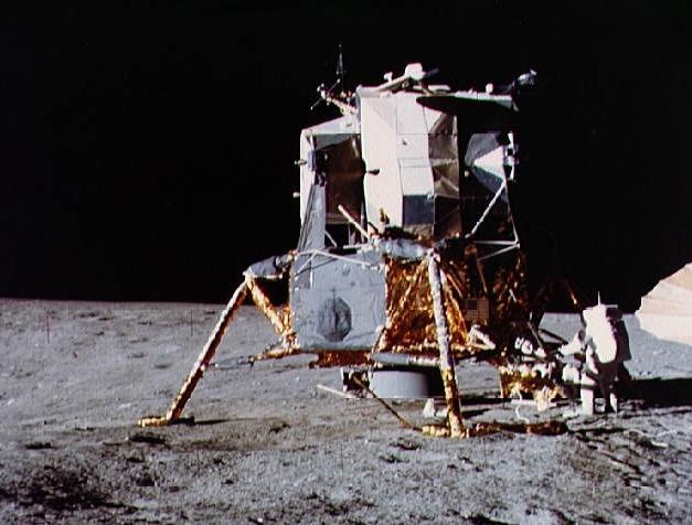 Apollo-12-LM